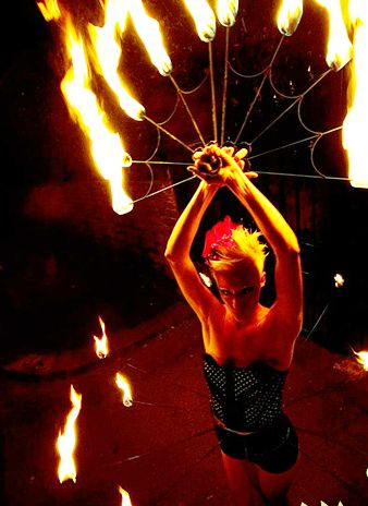 meddling-fire-performers4