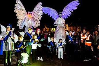 NWSI – Stilt Walkers & Carnival Puppets | UK