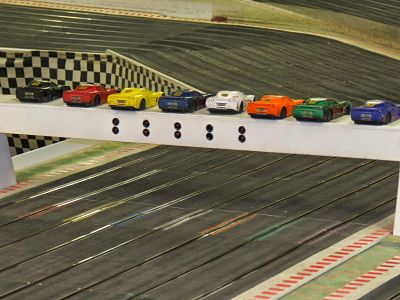 Booking agent for pit stop scalextric