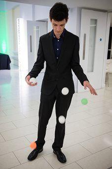 sam-juggler3