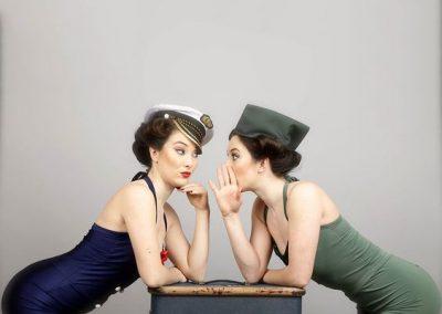 twin-swing-dancers1