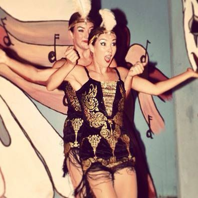 twin-swing-dancers8