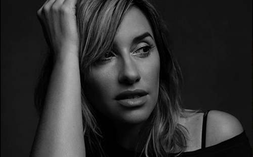 booking agent for melanie blatt dj