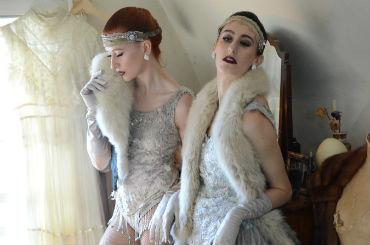 Hire / Book j'adore la vie cabaret duo