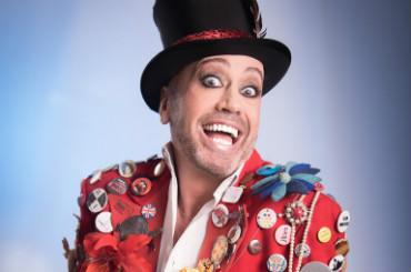 Hire Cabaret Performer - Paulus