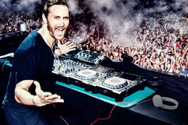 Entertainment Agency & Corporate Entertainment Agency: Book David Guetta