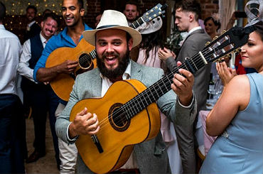 hire echoes of spain flamenco guitar duo and trio